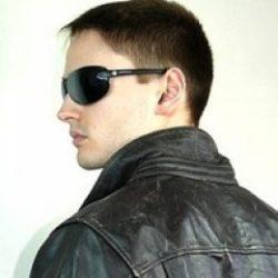 Я молодой парень ищу девушку или женщину для секса без обязательств в Курске.